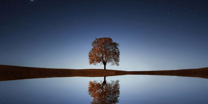 How to De-Stress: Simple Mindfulness and Sleep Tips for Challenging Times